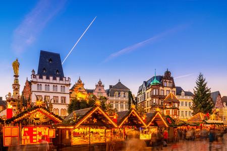 Weihnachtsmarkt In Trier.Trier Weihnachtsmarkt Busreisen